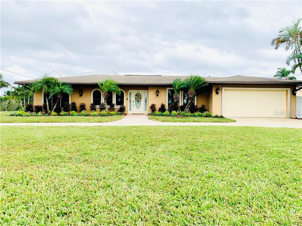 Photo for 79 Midway Island, CLEARWATER, FL 33767 (MLS # U8064877)