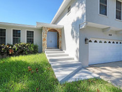 Photo of 8320 144th Ln, SEMINOLE, FL 33776 (MLS # U8068532)