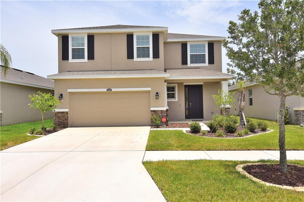 Photo for 11518 Storywood Drive, RIVERVIEW, FL 33578 (MLS # U8089205)
