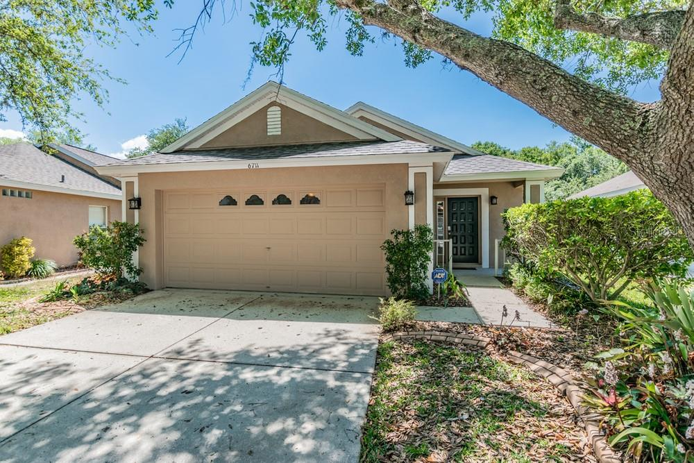 Photo for 6711 Summer Cove Drive, RIVERVIEW, FL 33578 (MLS # W7821947)