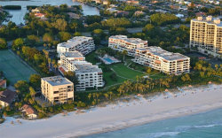 Photo of 1485 Gulf Of Mexico Drive, Unit 109, LONGBOAT KEY, FL 34228 (MLS # A4478524)