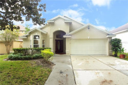 Photo of 989 N Lake Claire Cir, OVIEDO, FL 32765 (MLS # O5818790)