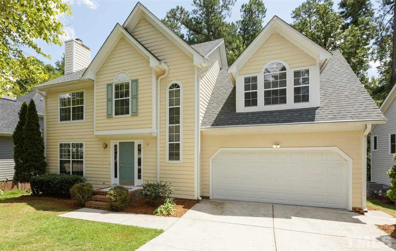 Photo for 114 Trailview Drive, Cary, NC 27513-1615 (MLS # 2272288)