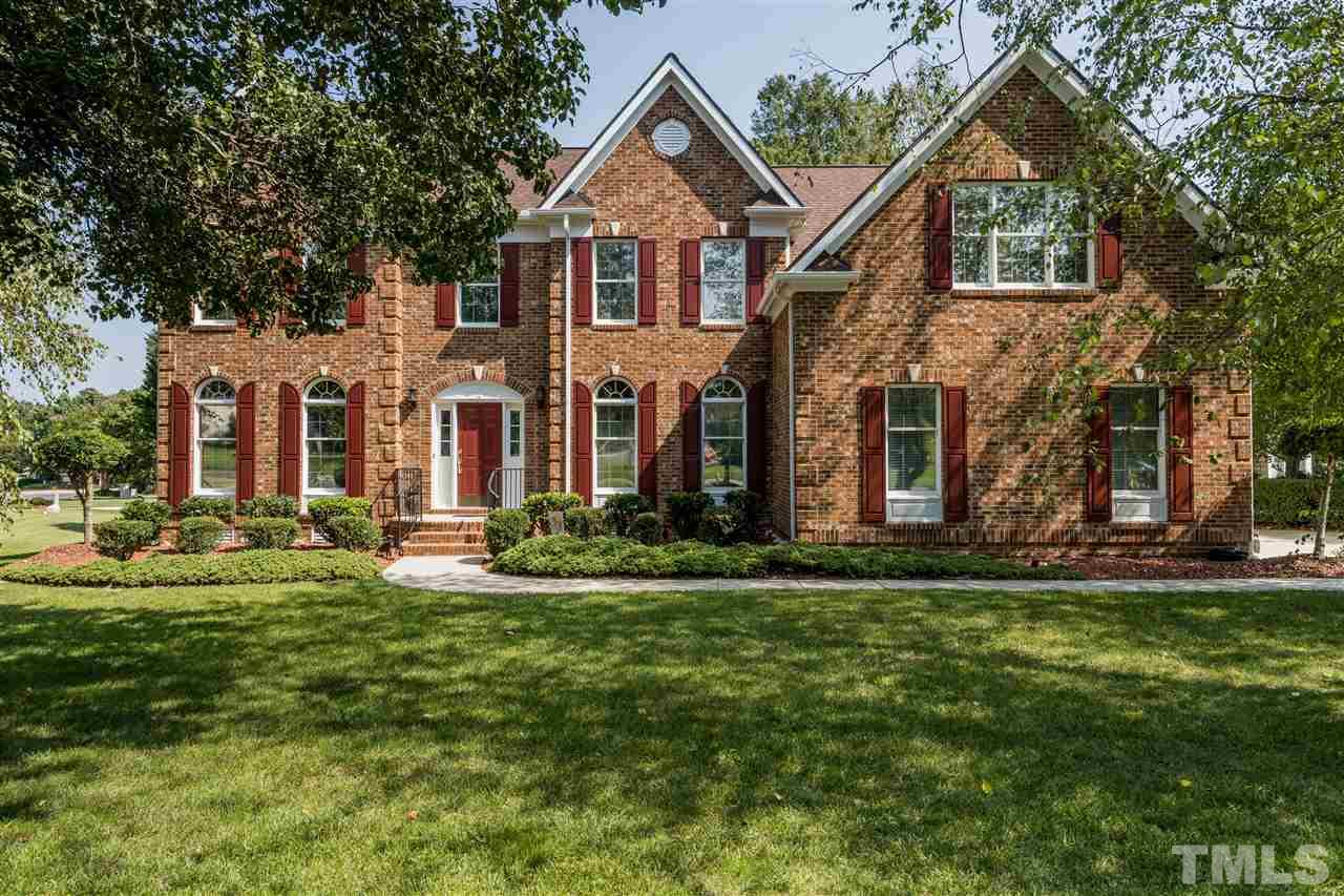 Photo for 101 Billington Court, Cary, NC 27519-9550 (MLS # 2278765)