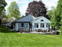 Photo of 553 Breakneck Hill Rd, Middlebury, CT 06762 (MLS # L10221221)