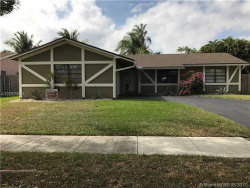 Photo of 5805 Southwest 115th Ter, Cooper City, FL 33330 (MLS # A10267983)
