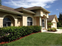 Photo of 4921 Southwest 195th Ter, Southwest Ranches, FL 33332 (MLS # A10282690)
