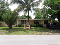 Photo of 9825 Southwest 183rd St, Palmetto Bay, FL 33157 (MLS # A10293052)