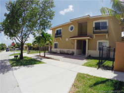 Photo of 16950 Southwest 93rd Ave, Palmetto Bay, FL 33157 (MLS # A10310043)