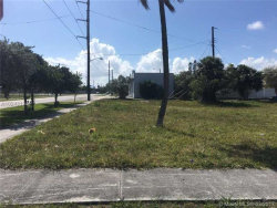 Photo of 2204 Forrest St, Hollywood, FL 33020 (MLS # A10248184)