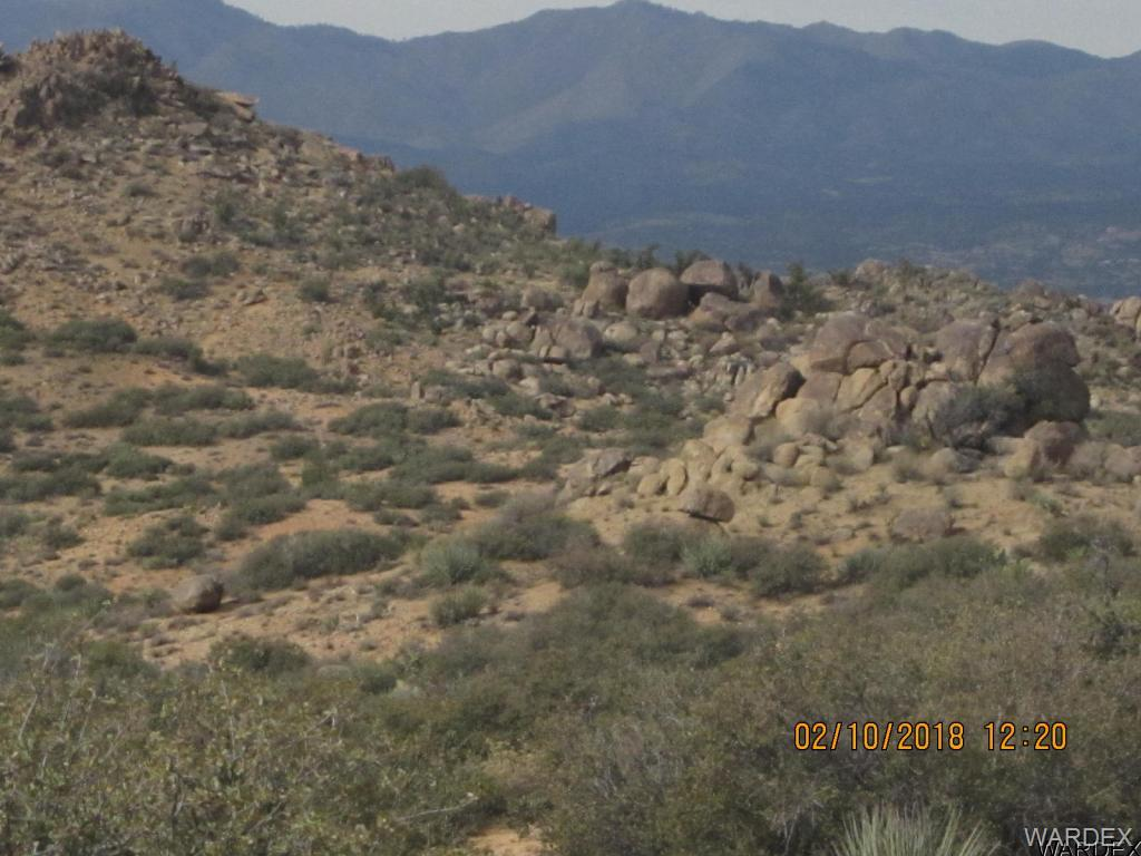 Photo for Aquarius Springs Ii 160 Acres, Kingman, AZ 86401 (MLS # 938429)