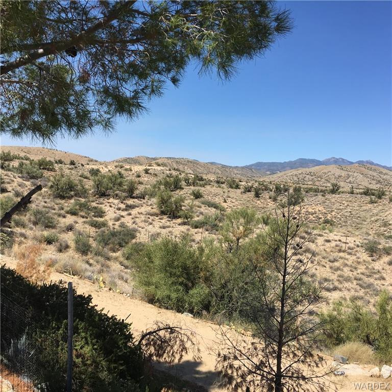 Photo for 11802 E Moss Wash Road, Kingman, AZ 86401 (MLS # 952047)