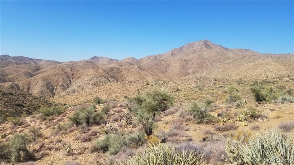 Photo for Lot 15 Diamond Hitch Road, Kingman, AZ 86401 (MLS # 959420)