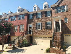 Photo of 1009 Manchester Way, Unit 55, Roswell, GA 30075 (MLS # 5869993)