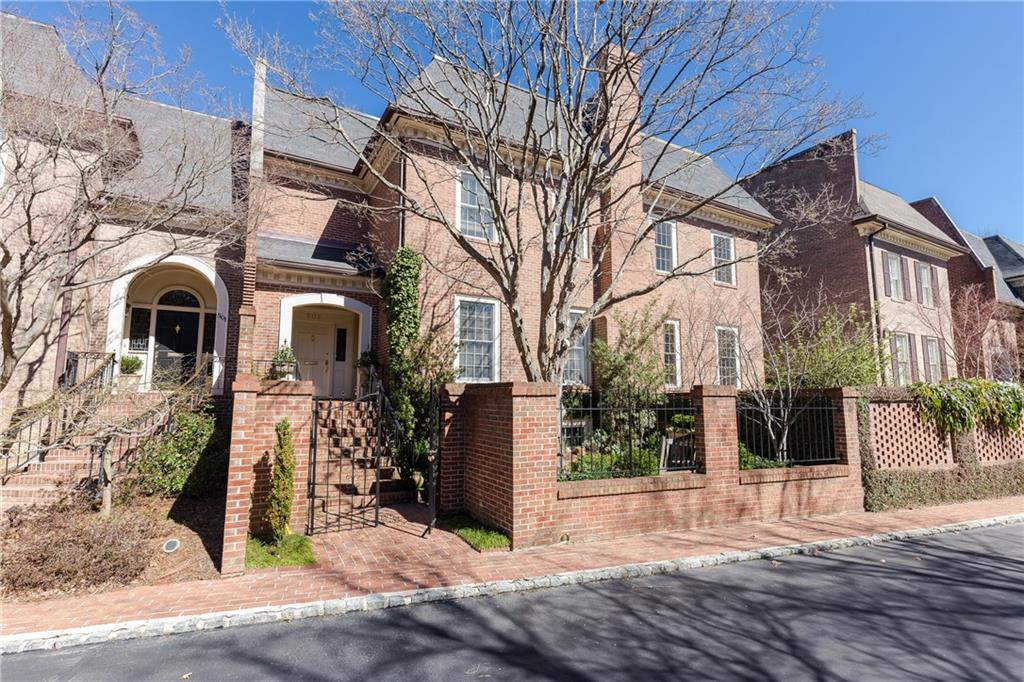 Photo for 502 Townsend Place NW, Unit 502, Atlanta, GA 30327 (MLS # 5973593)