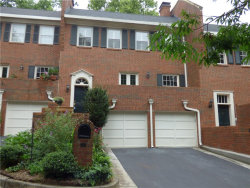 Photo of 634 Jefferson Circle, Unit 634, Sandy Springs, GA 30328 (MLS # 6042083)