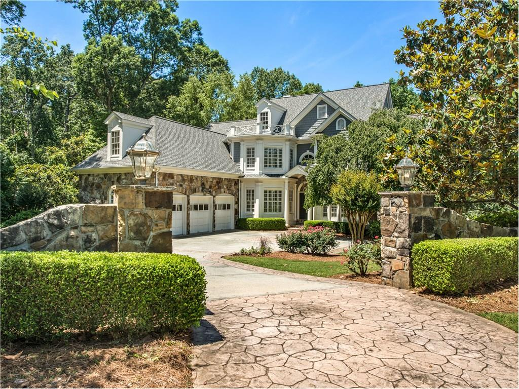 Photo for 460 Montwicke Chase NW, Atlanta, GA 30327 (MLS # 5890502)