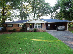 Photo of 860 Brentwood Drive SW, Mableton, GA 30126 (MLS # 5897178)