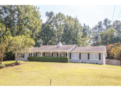 Photo of 2713 King Arthur Court, Buford, GA 30519 (MLS # 5910417)