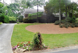 Photo of 3090 W Somerset Court SE, Marietta, GA 30067 (MLS # 6027794)
