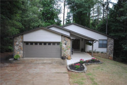 Photo of 10095 Lake Forest Way, Roswell, GA 30076 (MLS # 6031977)