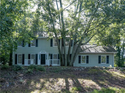 Photo of 2015 Kinridge Road, Marietta, GA 30062 (MLS # 6075676)