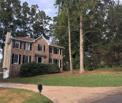 Photo of 4820 Old Field Drive NE, Kennesaw, GA 30144 (MLS # 6086872)