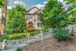 Photo of 1570 Ridenour Parkway NW, Kennesaw, GA 30152 (MLS # 6120394)