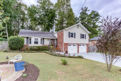 Photo of 3074 Greenwood Trail SE, Marietta, GA 30067 (MLS # 6121263)