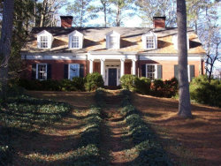 Photo of 476 Bouldercrest Drive SW, Marietta, GA 30064 (MLS # 6122170)
