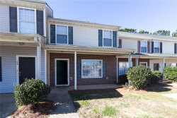 Photo of 144 Viewpoint Drive, Jackson, GA 30233 (MLS # 6108833)