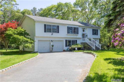 Photo of 410 Chapman Blvd, Manorville, NY 11949 (MLS # 2948310)