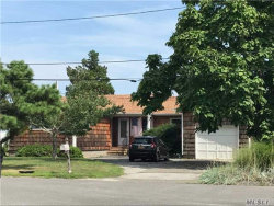 Photo of 4 Seaview Ln, Center Moriches, NY 11934 (MLS # 2964970)