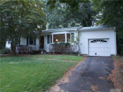 Photo of 37 Old Orchard Rd, Wading River, NY 11792 (MLS # 2971956)