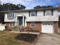 Photo of 195 Tell Ave, Deer Park, NY 11729 (MLS # 2979084)