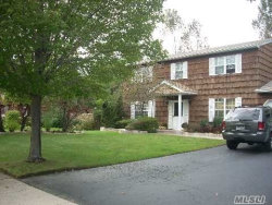 Photo of 5 Yorkshire Dr, Wheatley Heights, NY 11798 (MLS # 2984802)