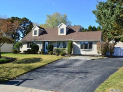 Photo of 12 Woodbrook Dr, Ridge, NY 11961 (MLS # 2984936)