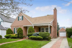 Photo of 95 Muirfield Rd, Rockville Centre, NY 11570 (MLS # 2988028)