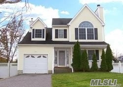 Photo of 44 Seymour Dr, Shirley, NY 11967 (MLS # 2995703)