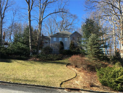 Photo of 141 N Woods Dr, Wading River, NY 11792 (MLS # 2999426)