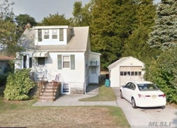 Photo of 124 Irving Ave, Deer Park, NY 11729 (MLS # 3000024)