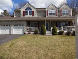 Photo of 35 Evelyn Ct, Manorville, NY 11949 (MLS # 3011899)