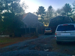 Photo of 39 Old County Rd Rd, Deer Park, NY 11729 (MLS # 3011907)