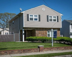 Photo of 582 S 9th St, Lindenhurst, NY 11757 (MLS # 3030689)