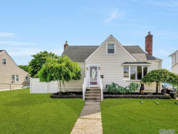 Photo of 21 Deauville Pkwy, Lindenhurst, NY 11757 (MLS # 3040509)