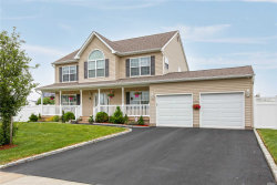 Photo of 15 Fowler Ln, Amityville, NY 11701 (MLS # 3042606)