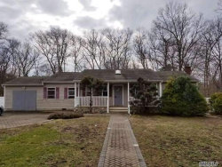 Photo of 2 Southview Ct, Yaphank, NY 11980 (MLS # 3042886)