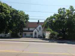 Photo of 304 Montauk Hwy, East Moriches, NY 11940 (MLS # 3045036)