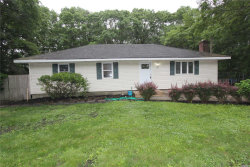 Photo of 132 Head Of The Neck Rd, Manorville, NY 11949 (MLS # 3045748)