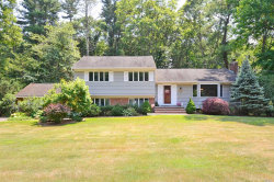 Photo of 8 Ingold Dr, Dix Hills, NY 11746 (MLS # 3047500)